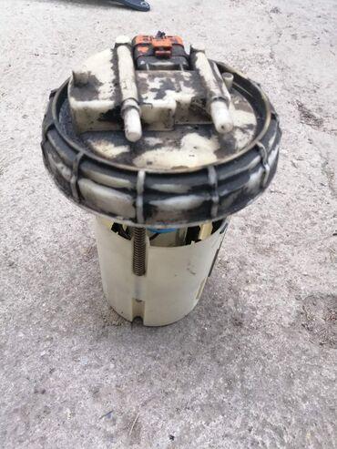 Fiat stilo pumpa u rezervoaru 1.9 JTD Originalni polovni delovi 147-15
