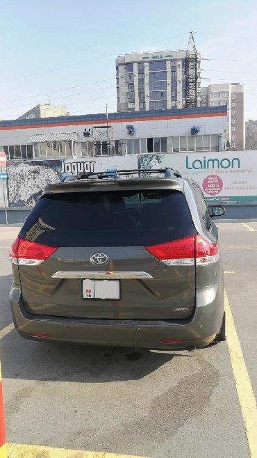 Toyota Sienna 3.5 л. 2011 | 151000 км