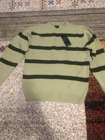 тапки мужские в Кыргызстан: Мужской свитер, новый, размер M,L