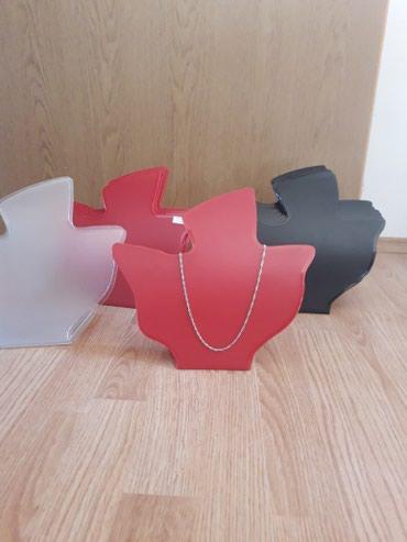 Lutka za izlaganje - Srbija: Plasticne siluete za izlaganje ogrlica.  Za vecu kolicinu moze popust