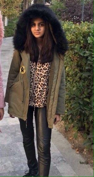 Bakı şəhərində Куртка Осень -зима, для девочки, цвет хаки, zara,размер идет на 11-12