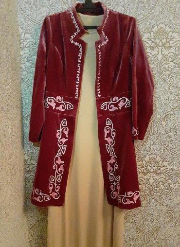 Платье сшито на заказ Орнаменты вручную, Одевали 1-2 разПодойдет 42 44