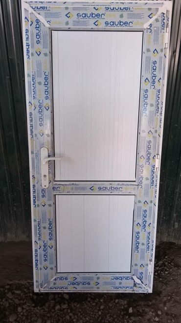 Двери - Кыргызстан: Куплю бу окна и двери пластиковые брон
