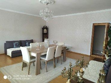 Daşınmaz əmlak Şəmkirda: Mənzil satılır: 3 otaqlı, 74 kv. m