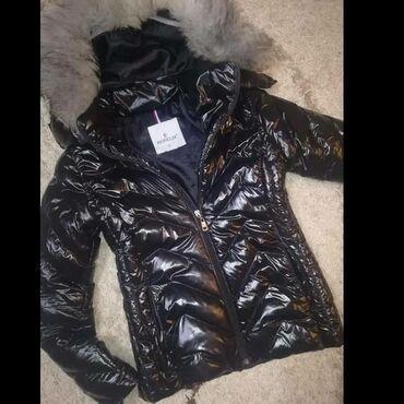 Moncler jakna s velicina