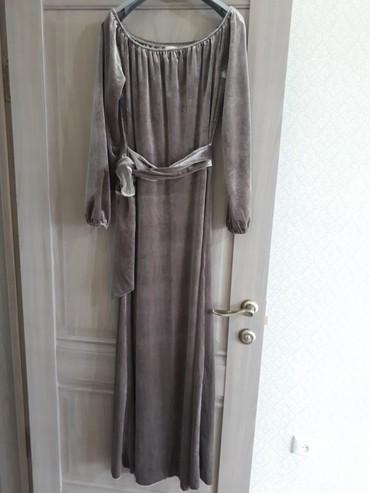 платье бархатное в Кыргызстан: Продаю бархатное платье, турецкое. 44-46 размера