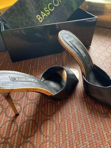 Туфли на высоком каблуке ( босоножки) Basconi очень удобные стильн