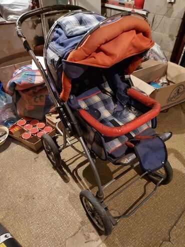 Продается детская коляскаВ хорошем состоянииЦена окончательная!Адрес