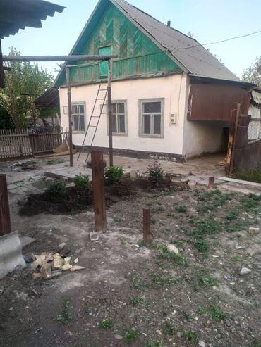 4гор больница бишкек в Кыргызстан: Продается дом 5 кв. м, 5 комнат, Старый ремонт