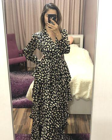 Красивое ярусное платье с поясом на талии, новое, дышащее, отличного