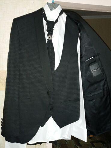 платья рубашки оверсайз в Кыргызстан: Продаю мужской свадебный костюм. Рубашка, жилет, брюки, пиджак! 48 раз