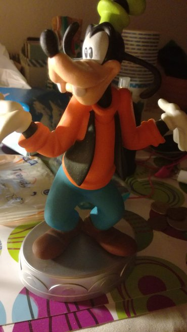 Goofy's statuette from Deagostini's series Disney collection. His σε Μοσχάτο