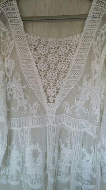 Bluza čipka i vez novaPredivna bela bluza,romantična i nežna