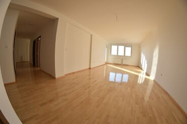 Apartment for sale: 5 soba, 140 sq. m