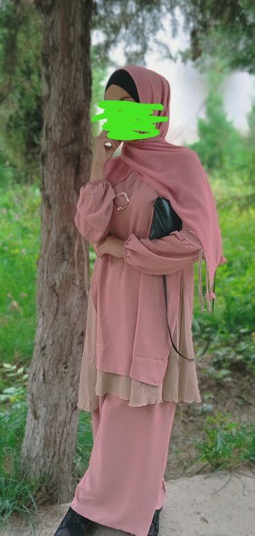 Личные вещи - Ноокат: Другая женская одежда
