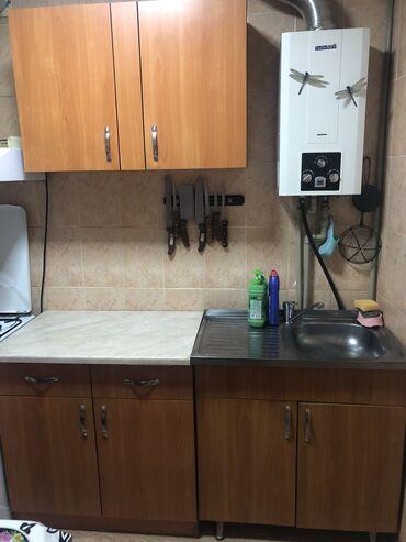 мойка-со-шкафом в Кыргызстан: Продаётся кухонные шкафы, мойка с полкой ламинат в хорошем состоянии