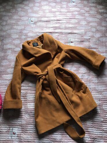 Продаю пальто, как раз таки на сейчас. Размер по нашим 48, подойдёт