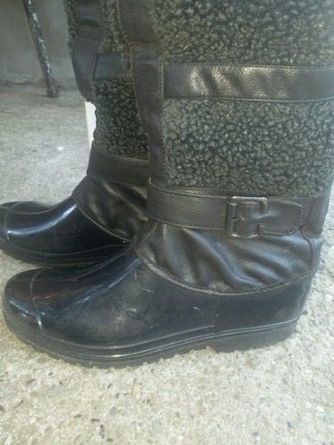 Crne gumene cizme 37 broj, nosene par puta u odlicnom stanju i bez - Kraljevo