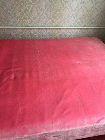 Продаю турецкое одеяло так как срочно отдам за 800