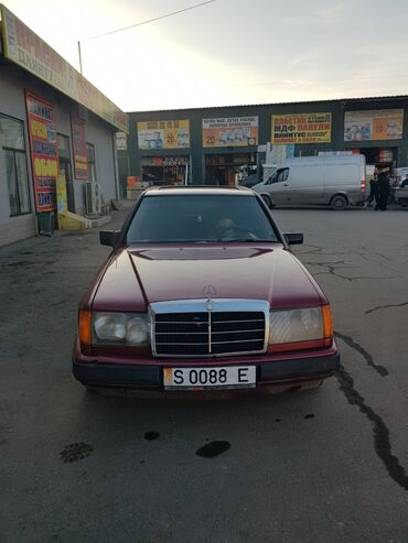 двигатель мерседес 124 2 2 бензин в Кыргызстан: Mercedes-Benz 230 2.3 л. 1990