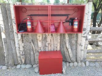 бисеры бишкек in Кыргызстан | ҮЙ ЖАНА БАКЧА ҮЧҮН БАШКА БУЮМДАР: Пожарный щит и инвентарь В комплекте ЩИТ пожарный ящик для песка