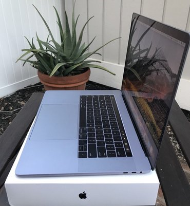 Apple Macbook PrTouch Bar Space Gray New