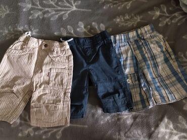 Шорцеви за дечаке,узраст 3 г.Очувани,цена за сва три 800дин