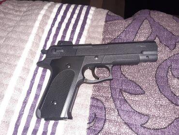 сигнальный пистолет в Кыргызстан: Срочно продаю пистолетШариковые патроны МеталическийИгрушечныйПатроны