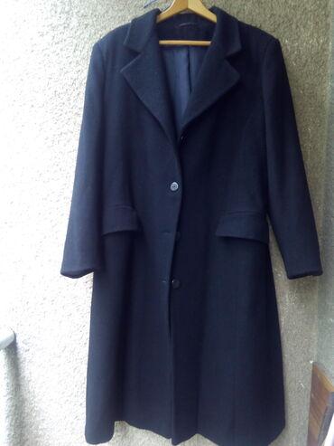 Crni vuneni kaput,potpuno nov,nenosen,u odlicnom stanju,sa