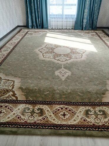 Турецкий ковёр 4 х 5, миллионник, б/у,состояние отличное