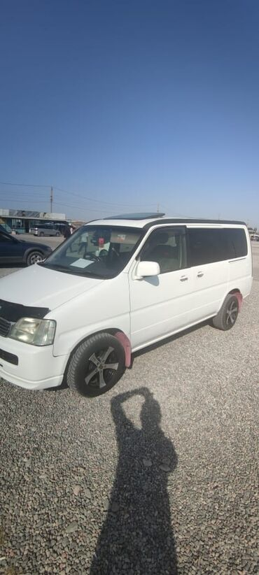 Honda Stepwgn 2 л. 2000