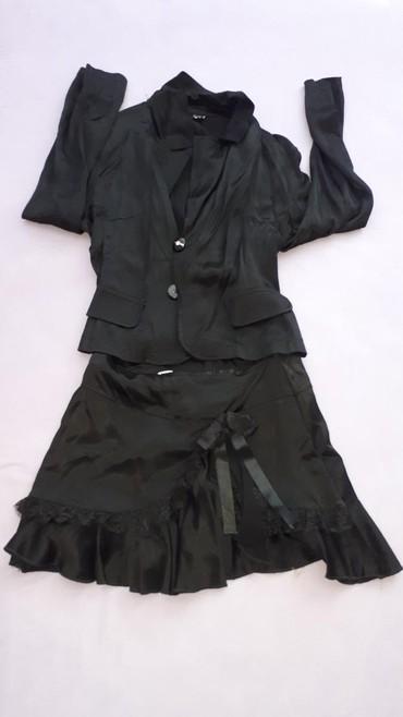 Komplet-suknja - Srbija: Satenski komplet suknja i sako.Vel 42