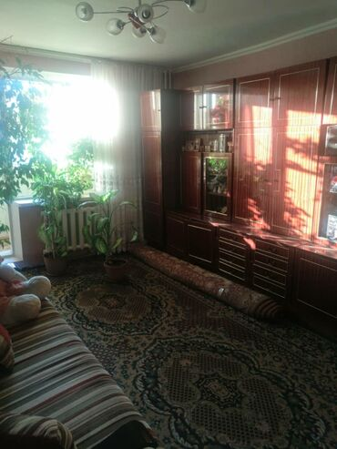 продается квартира в бишкеке в Кыргызстан: Индивидуалка, 2 комнаты, 56 кв. м Бронированные двери, Лифт, Без мебели
