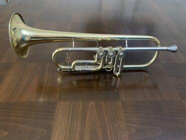 Флейты - Бишкек: Продаётся музыкальная труба 5000с