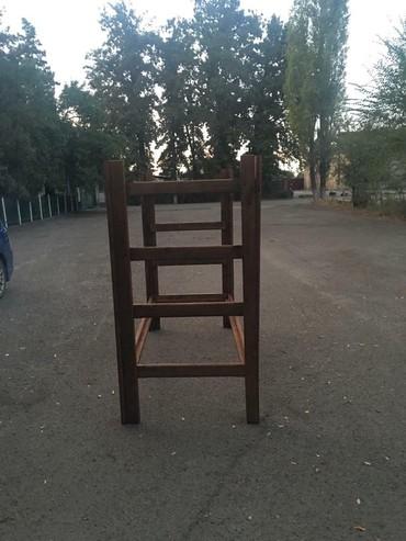 детские 2х ярусные кровати фото и цены в Кыргызстан: СРОЧНО !! Ниже цены нету !!!!  Отличные двухъярусные кровати из дерев
