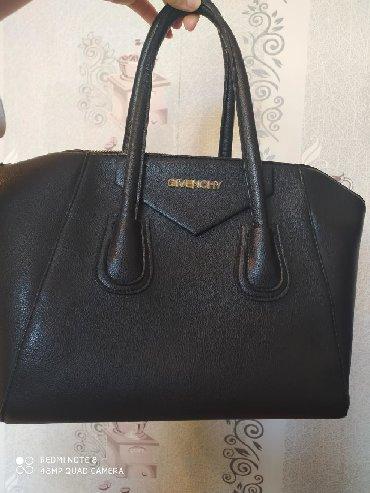 Givenchy qadın çantası, işlənib yeni kimidir, ehtiyac olmadığı üçün