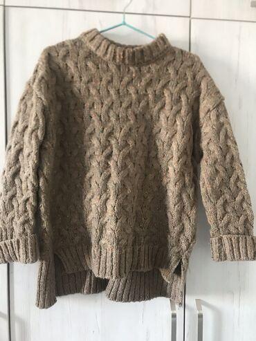 Очень удобный, красивый и мягкий вязанный свитер