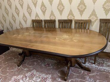 стол и стулья для гостиной в Кыргызстан: Продаётся стол из массива дерева добротный НЕ китай раздвижной размер