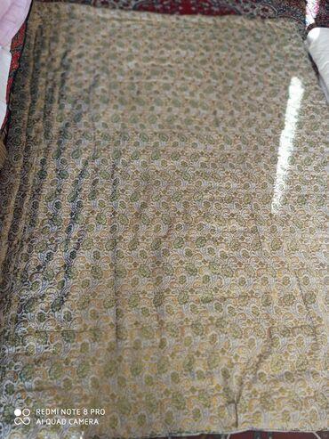 Продаю стёганое одеяло б/у, размер длина 2 метра ширина 1,5 метра (