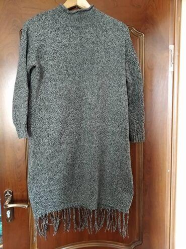 размер 44 платья в Кыргызстан: Теплое вязаное платье. Размер 44-46. Состояние отличное,носила 2-3