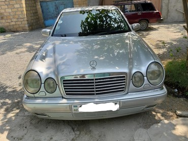 Mercedes-Benz E 320 3.2 l. 1999 | 370000 km