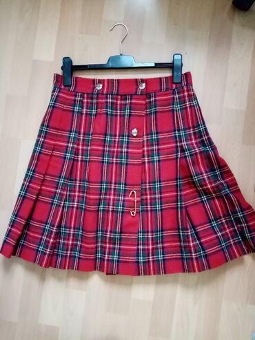 Zimska suknja u skotskom stilu na preklop, 40x60 cm, obim 80cm, to je