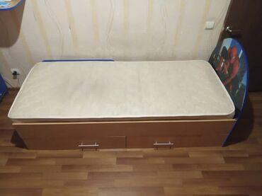 Продам детскую кровать. Два шкафчика снизу. В хорошем состоянии. Длина