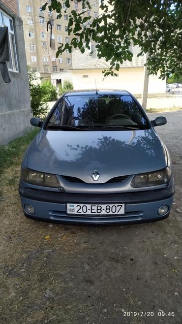 Renault Gəncəda: Renault Laguna 1.8 l. 1998 | 400000 km