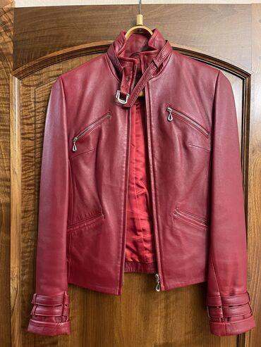 Продаю женские куртки в отличном состоянии. цена за каждую