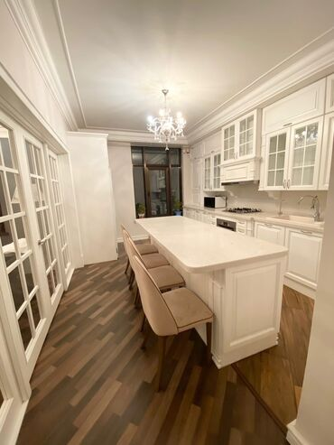Продажа квартир - Дизайнерский ремонт - Бишкек: Элитка, 3 комнаты, 141 кв. м Бронированные двери, Видеонаблюдение, Дизайнерский ремонт