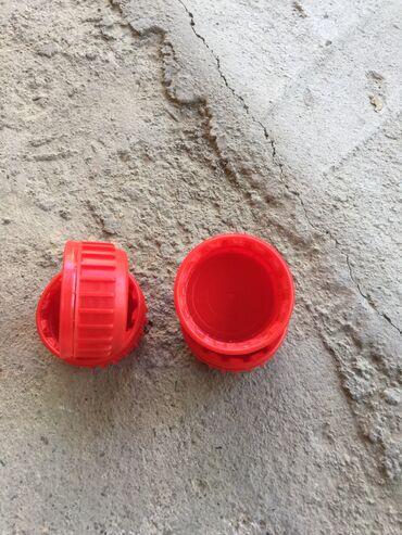 Крышки в Кыргызстан: Продаю крышки новые для пластиковых изделий