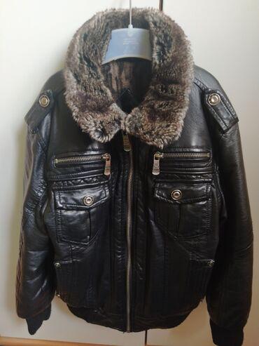 Kozna jakna sa krznom - Srbija: Postavljena kozna jakna sa krznom za drcake, velicina 4. Nije prava