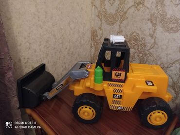 Uşaq maşınları - Azərbaycan: Traktor oyuncagi tezedir boyuk