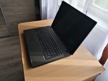Laptop u odlicnom stanju, veoma tih u radu kao nov. Uzivo jos